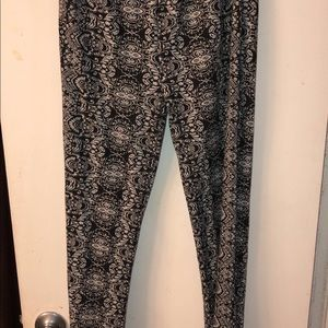 Forever 21 Pants - Patterned Palazzo Pants